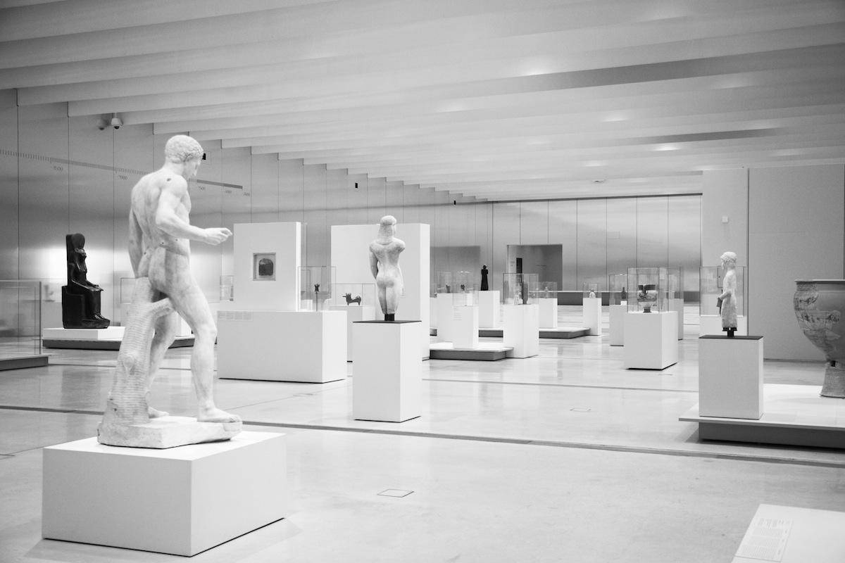 图3_Louvre-Lens Museum, Lens, 2005-2012, by SANAA and  IMREY CULBERT photo