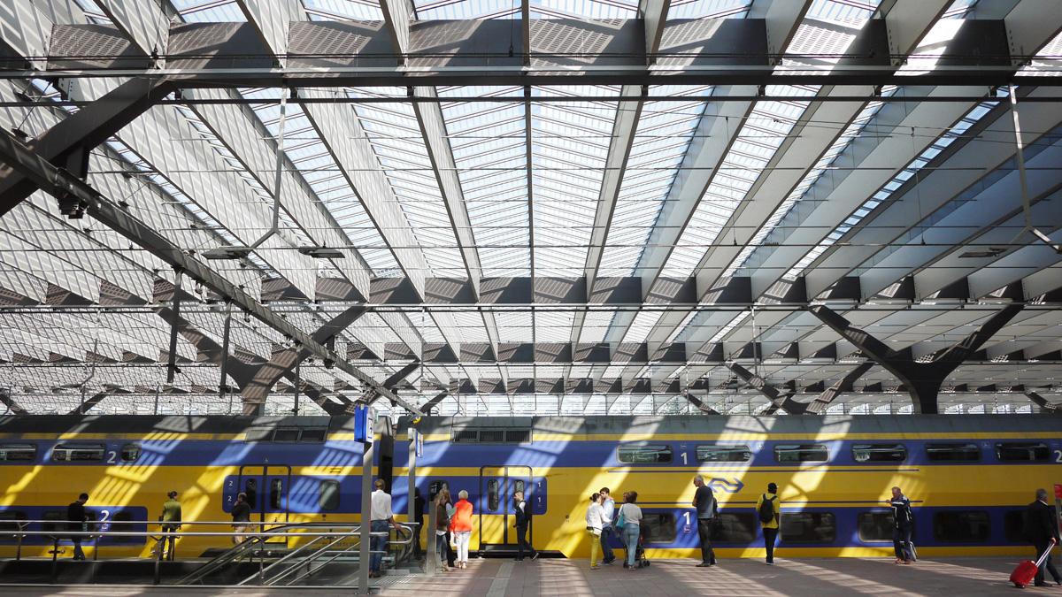 图4_鹿特丹火车站站台